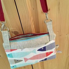 Laurence Gartner sur Instagram: Encore un petit sac modèle cha-cha-cha de chez @patrons_sacotin #sacôtinaddict #sac #pochetteaccessoires #handmade #pieceunique #poisson…