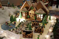 Gingerbread Lane 2012, via Flickr. Gingerbread Icing, Cool Gingerbread Houses, Gingerbread House Designs, Gingerbread Village, Christmas Gingerbread House, Christmas Goodies, Christmas Desserts, Christmas Baking, Christmas Time