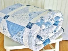 """Twin Quilt Shabby Chic HANDMADE Patchwork Twin Bed Quilt Blue White Navy Roses 71x88"""""""