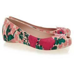 Vivienne Westwood for Melissa Ultragirl Pink Flower Orb Flat (265 PLN) ❤ liked on Polyvore featuring shoes, flats, pink, flat peep-toe shoes, flower shoes, colorful flats, pink shoes and pink flats