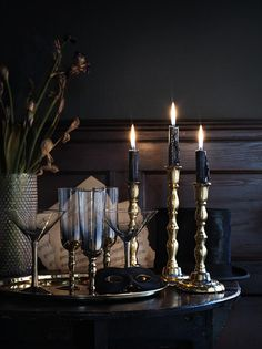 Dark and moody interiors / black wall / candles Gothic Interior, Interior And Exterior, Interior Decorating, Interior Design, Interior Paint, Sombre, Dark Interiors, Gothic House, My Dream Home
