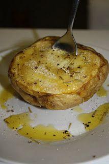 Patatas en microondas Microwaves, Microwave Recipes, Micro Onde, Cooking Tips, Tapas, Diet Recipes, Potatoes, Eat, Breakfast