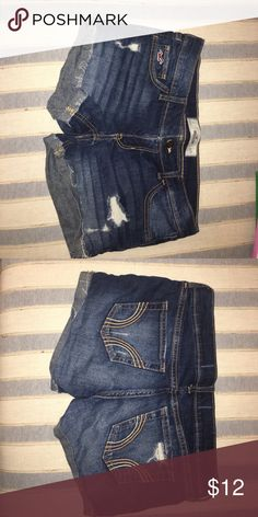 Distressed Hollister Denim Shorts low-rise denim shorts! best denim shorts for summer! very comfy and stretchy, but not too short with a 3.5 inch inseam Hollister Shorts Jean Shorts