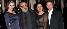 El Festival de Cine de Berlín contó con sabor español gracias al estreno este miércoles por la noche de 'La chispa de la vida', evento que contó con la asistencia de su director, Álex de la Iglesia, y de tres de los actores del filme, José Mota, Salma Hayek y Carolina Bang.
