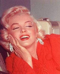 """Marilyn taking a break off-set during the filming of """"How To Marry a Millionaire"""", 1953."""