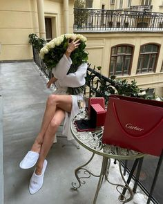Classy Aesthetic, Aesthetic Girl, Boujee Lifestyle, Casual Winter Outfits, Trendy Outfits, Fall Outfits, Parisian Chic, Rich Girl, Lace Tops
