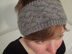 @leesegalla A modern take on classic Aran cables, this headband is comfortable, warm, and chic. A tightly woven braid with a small garter stitch border makes it both attractive and functional on a cool day.