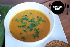 butternut-squash-carrot-ginger-soup-recipe-graphic