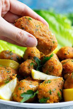 Red Lentil Recipes, Vegetarian Recipes, Cooking Recipes, Healthy Recipes, Healthy Food, Easy Vegan Meatballs Recipe, Lentil Meatballs, Turkish Meatballs, Cooking Red Lentils