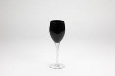 Copo com Pé Alto Magic Black 7,8 x 24 cm | A Loja do Gato Preto | #alojadogatopreto | #shoponline | referência 34955311