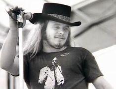 Lynyrd Skynyrd frontman Ronnie Van Zant  died  October 20, 1977 at age 29.
