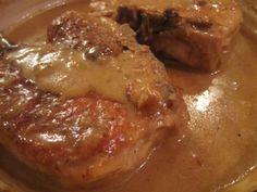 Throwdown: Smothered Pork Chops 4 bone-in center cut pork chops (about 1 inch… Thick Bone In Pork Chop Recipe, Pork Chops Bone In, Smothered Pork Chops Recipe, Center Cut Pork Chops, Oven Pork Chops, Pork Chops And Gravy, Smothered Porkchops, Pork Loin, Pork