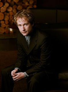 Peter (16) is on the run from the police but hopeful for his future. (The photo is of a young Billy Boyd). Fake Geek Girl, Geek Girls, Billy Boyd, Merry And Pippin, Uk Actors, Detective Shows, Scottish Actors, Pretty People, Perfect People