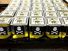 #Bananinha personalizada com o tema #minions #pirata pela Lady Bug Festas em festa realizada no #BuffetMiniland #Minilandbuffet   #minionspirata #meumalvadofavorito