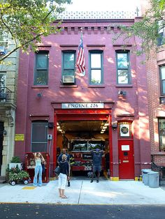 E226 FDNY Firehouse Engine 226, Downtown Brooklyn, New York City by jag9889, via Flickr shared by NYC Firestore
