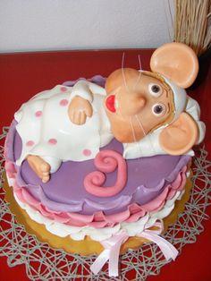 Sleepy Topo Gigio Cake