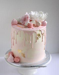 Girly Birthday Cakes, 15th Birthday Cakes, Girly Cakes, Fancy Cakes, Cute Cakes, Pastel Cakes, Pink Cakes, Buttercream Birthday Cake, Cake Decorating Techniques
