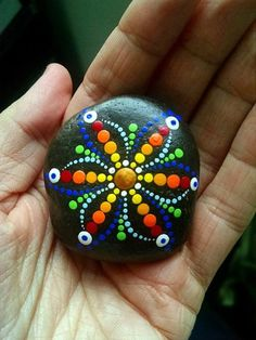 DIY Mandala Stone Patterns To Copy (6)