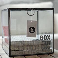 Läcker glasbox från danska House Doctor till förvaring