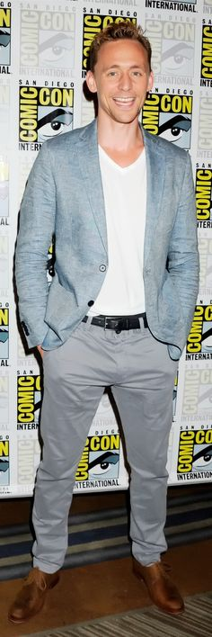 Tom Hiddleston at the San Diego Comic Con press line for 'Crimson Peak' held at the Convention center on July 11, 2015. Full size photo: http://i.imgbox.com/zOCr6QMB.jpg. Source: http://tomhiddleston.us/gallery/displayimage.php?album=512&pid=17273#top_display_media