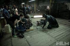 Batman vs. Superman: novas imagens de bastidores do filme http://www.universohq.com/noticias/batman-vs-superman-novas-imagens-de-bastidores-do-filme/