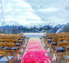 A stunning setup on the Aspen Mountain Wedding Deck.