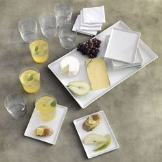 set of 8 restaurant white cocktail napkins