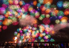 2014年第3位 千輪菊一斉打ち上げ Fire Dancer, Fire Works, Hanabi, How To Make Light, Sparklers, Great View, Twinkle Twinkle, Faeries, Christmas Wreaths