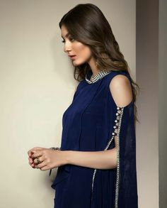 Elegant and Perfect Beauty Neha Rajpoot in Dark Blue Preals Embroidery Outfits!!! #Gorgeous #Elegant #Traditional #LuxuryFashion #EidUlAdha #2017 #NehaRajpoot #Formals #SummerCasual #ReadyToWear #EidCollection17 #PakistaniFashion #PakistaniModels #PakistaniCelebrities ✨