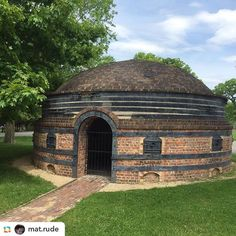 Whoa, what a kiln! Instagram photo by @woodfiredpotterykilns •  @mat.rude