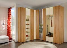 Marvelous Kleiderschrank Loft praktischer Kleiderschrank mit Faltt ren und Glasfront in Magnolie http moebilia de wiemann loft kleiderschrank loft u