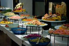 Google Image Result for http://www.buzzle.com/images/party-decorations/buffet-table/buffet-stacked-dishes.jpg