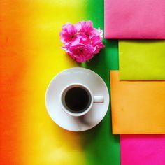 Coffee & Rainbow. Sunday. Let's shine. #raimbows #coffeeandseasonsfeatured #chiacchiereacolazione #coffeeaddict #vscogoodshot #pkt_minimal_coffee #cupsinframe #creativityinmybreakfast #infinity_coffeebreak #your_coffeebreak _coffeebreak #tv_stilllife #ig_coffeelovers #colorseverywhere #flatlays #coffeeaddict #instacoffee #rsa_coffee #pursuepretty #abmlifeiscolorful #seekthesimplicity #jj_colorlove #coffeestories #loves_united_coffee #moka_lovers #vscocoffee #aquietstyle #transfer_visions…