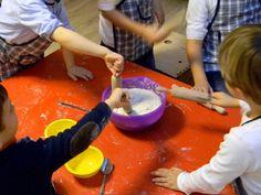 """Farina ovunque, risate e tanto tanto divertimento! Acquistando i biglietti della Lotteria benefica 2014 di Fondazione Ariel potrete vincere un ciclo di 5 incontri de """"La cucina di Kikolle"""" con KikolleLab per i vostri piccoli e sosterrete insieme le attività di animazione per i bambini ricoverati in ospedale Humanitas: perché il divertimento è un diritto di tutti bambini! http://www.fondazioneariel.it/fondazioneariel/novita/news/lotteria-benefica-Ariel-2014.html"""