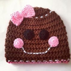 Crocheting: Christmas hat