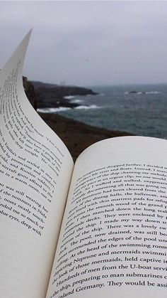 Book Aesthetic, Summer Aesthetic, Aesthetic Pictures, Book Photography, Creative Photography, Coffee And Books, Love Book, Aesthetic Wallpapers, Book Quotes