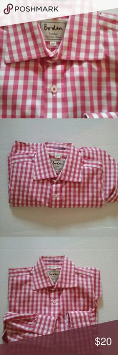 MENS PINK GINGHAM BODEN LONDON SHIRT L/S This is a Bowden of London men's pink gingham shirt. It is long sleeve and is size 15 and a half period it is in excellent preowned condition. Boden Shirts Dress Shirts