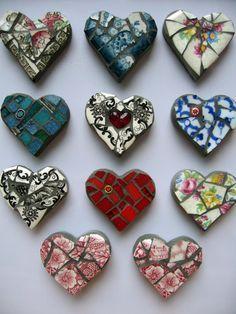 heart mosaic - Google Search Mosaic Crafts, Mosaic Projects, Mosaic Art, Mosaic Glass, Glass Art, Craft Projects, Stained Glass, Mosaic Rocks, Fused Glass