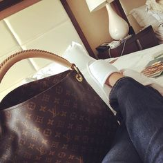 LV Shouler Handbags Collection, New Louis Vuitton Handbags For Women Trends