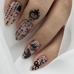 Nail art Christmas - the festive spirit on the nails. Over 70 creative ideas and tutorials - My Nails Rebellen Tattoo, Nail Tattoo, Print Tattoos, Milky Nails, Fire Nails, Nail Polish, Best Acrylic Nails, Wedding Acrylic Nails, Dream Nails