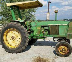 Farmall Tractors, Old Tractors, John Deere Tractors, John Deere 2010, Mean Green, Rubber Tires, Culture, Yellow, Classic