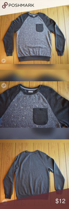 Men's Small Sweat shirt Brand: Unknown  Size: men's small  Style: crew neck sweat shirt  color: gray Front light gray w leopard print random bits of pale yellow gray pocket w button Condition: Worn once   Measured on flat garment  Chest 19 Waist 17 L 27 S 25 Unknown Shirts Sweatshirts & Hoodies