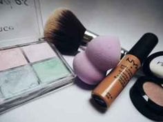 11 Inexpensive Makeup Brands Every Makeu. 11 Inexpensive Makeup Brands Every Makeup Lover Should Know Beauty Essentials, Beauty Hacks, Kim Kardashian, Makeup Blending Sponge, Good Beauty Routine, Beauty Blender Tips, Nyx Lipstick, Lipstick Tube, Best Drugstore Makeup