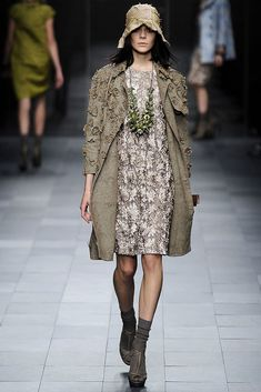 Burberry Prorsum Spring 2009 Ready-to-Wear Collection - Vogue
