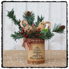 Seasonal Decor - Winter Decor- Country Primitive Christmas Decor - Country Crafts Snowman, Ornaments, Towels, Door Hangers, and Berry Wreaths for all of your Country & Primitive Decorating needs Christmas Gingerbread, Primitive Christmas, Christmas Art, Christmas Ornaments, Gingerbread Crafts, Xmas, Primitive Country Crafts, Country Christmas Decorations, Tin Can Crafts