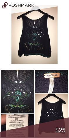 Free People Knit Top Pre•loved Free People Knit Top • Size Small • Navy color • Excellent condition Free People Tops