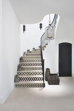 Black and white curved stairway | Burnham Design