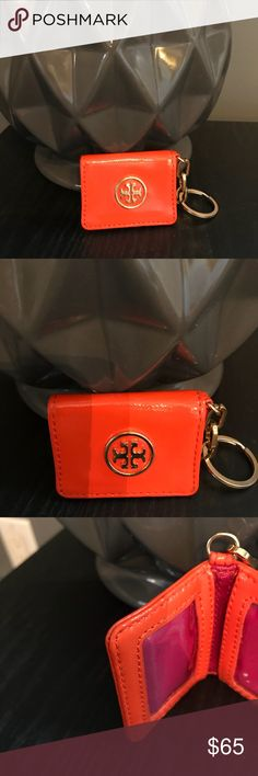 """❄️‼️FIRST REASONABLE TAKES IT‼️❄️ Like New! Some Signs Of Wear! Tory Burch Key Chain! About 3""""X2""""! Tory Burch Accessories"""