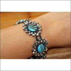 necklace/bracelet pattern - daisy