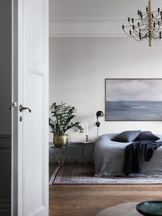 my scandinavian home: The calm and collected home of a Swedish interiors stylist Home Interior, Interior Styling, Interior Decorating, Decorating Ideas, Decor Ideas, Home Bedroom, Bedroom Decor, Master Bedroom, Calm Bedroom